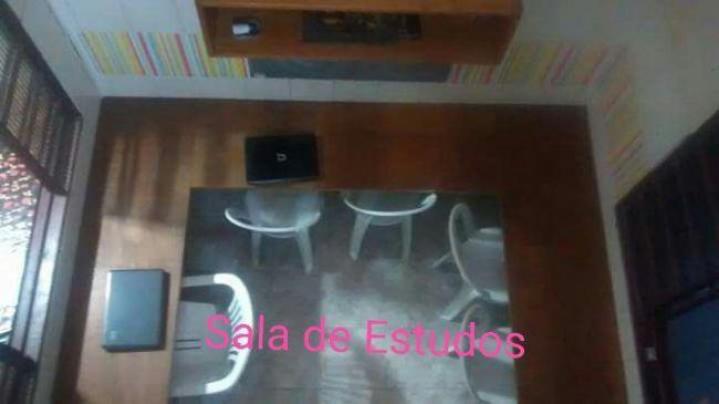 Pensionato Cantinho Mineiro - Moradia Feminina e Transporte