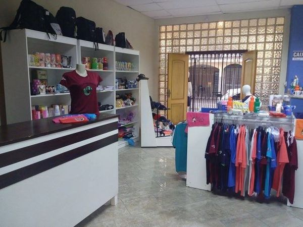 UNI Store - Confecções e artigos universitários