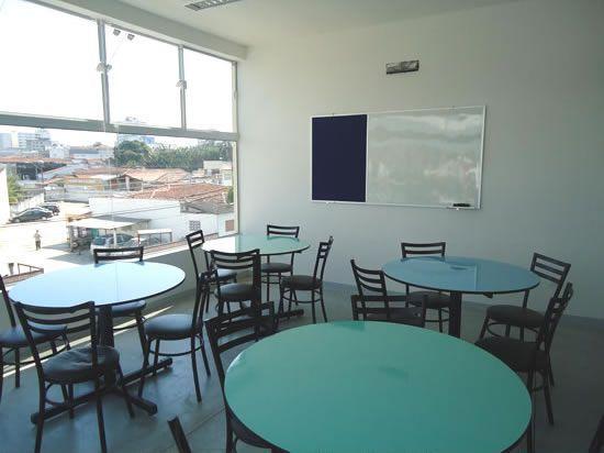 Escola de Idiomas - PróLínguas