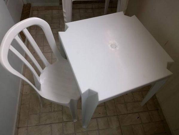 HDI Locações de Mesas e Cadeiras