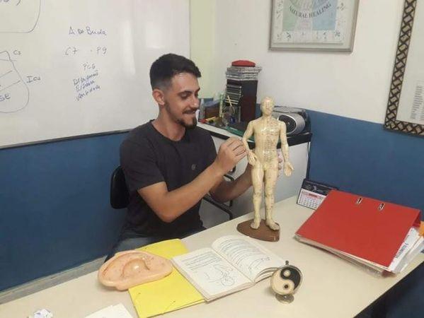 Tabaethé - Escola de Técnicas Alternativas Shiatsu e Reflexologia / Chikun