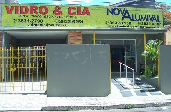 Vidro & Cia e Nova Alumival